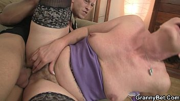 Blonde in stockings gets her cunt rammed