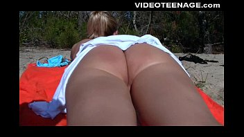 Sexy teen play with pussy in wonderful beach
