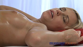Reality Kings - Hot Babes Had Sex & Fun In RealityKings House